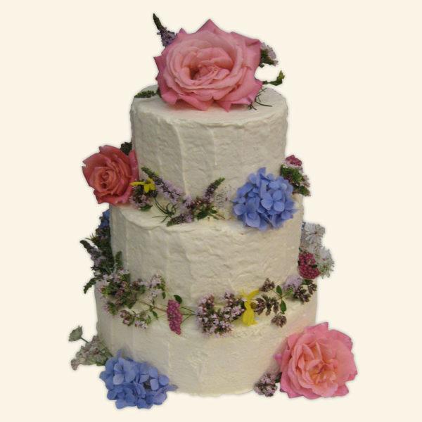 свадебные торты со сливками