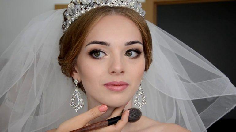 Фотоурок: макияж с акцентом на губы